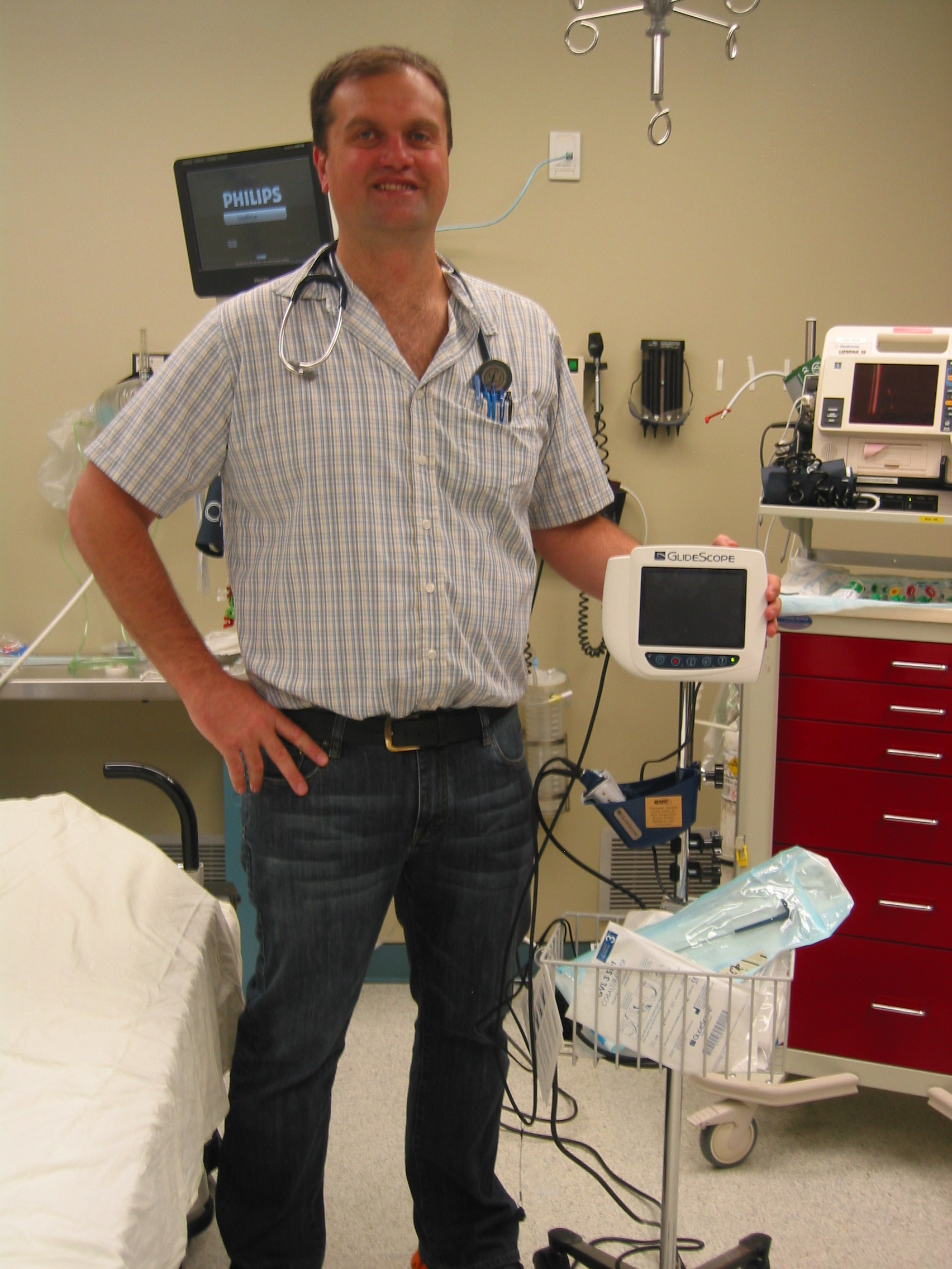 Dr. Engelbrecht, ER Physician, with the Glidescope Video Laryngoscope